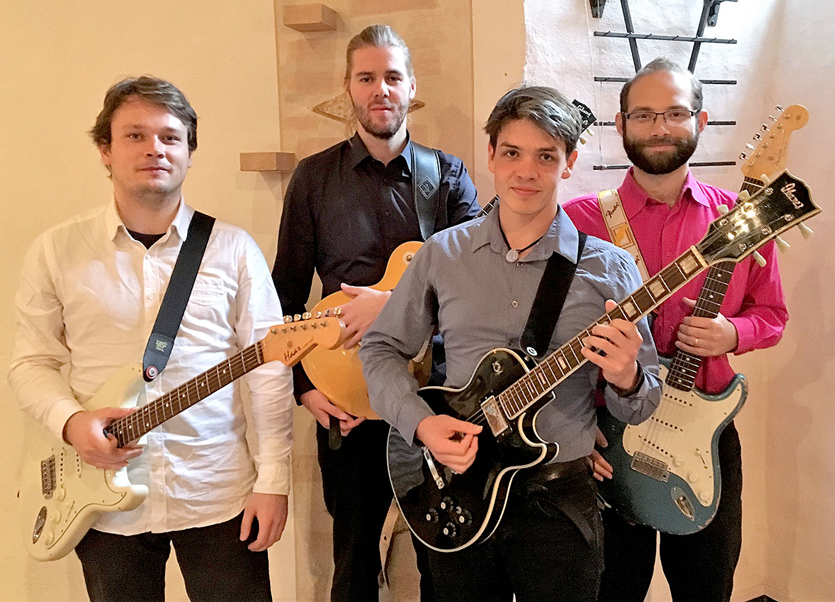 Konzert – The As Usual Dance for Electric Guitars